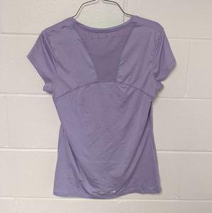 Dry fit UA shirt